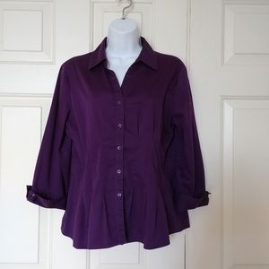 Fitted professional button down blouse